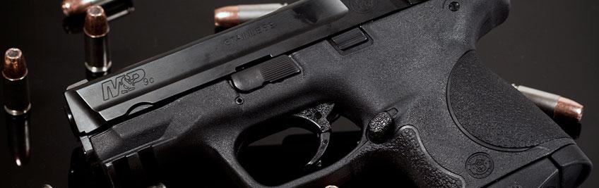 Expertos en comprar y vender armas de fuego
