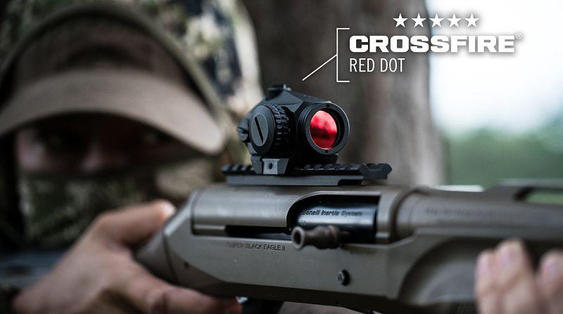 Punto rojo VORTEX Crossfire montado en escopeta