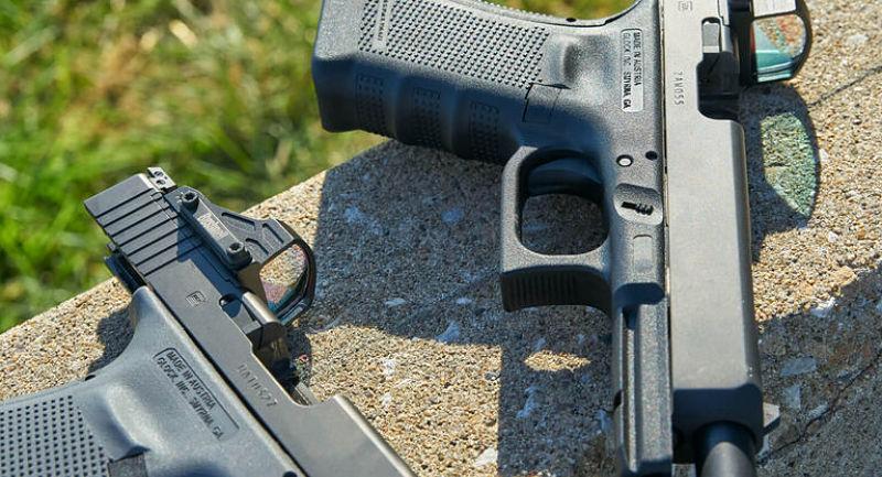 Punto rojo BUSHNELL montado en pistola